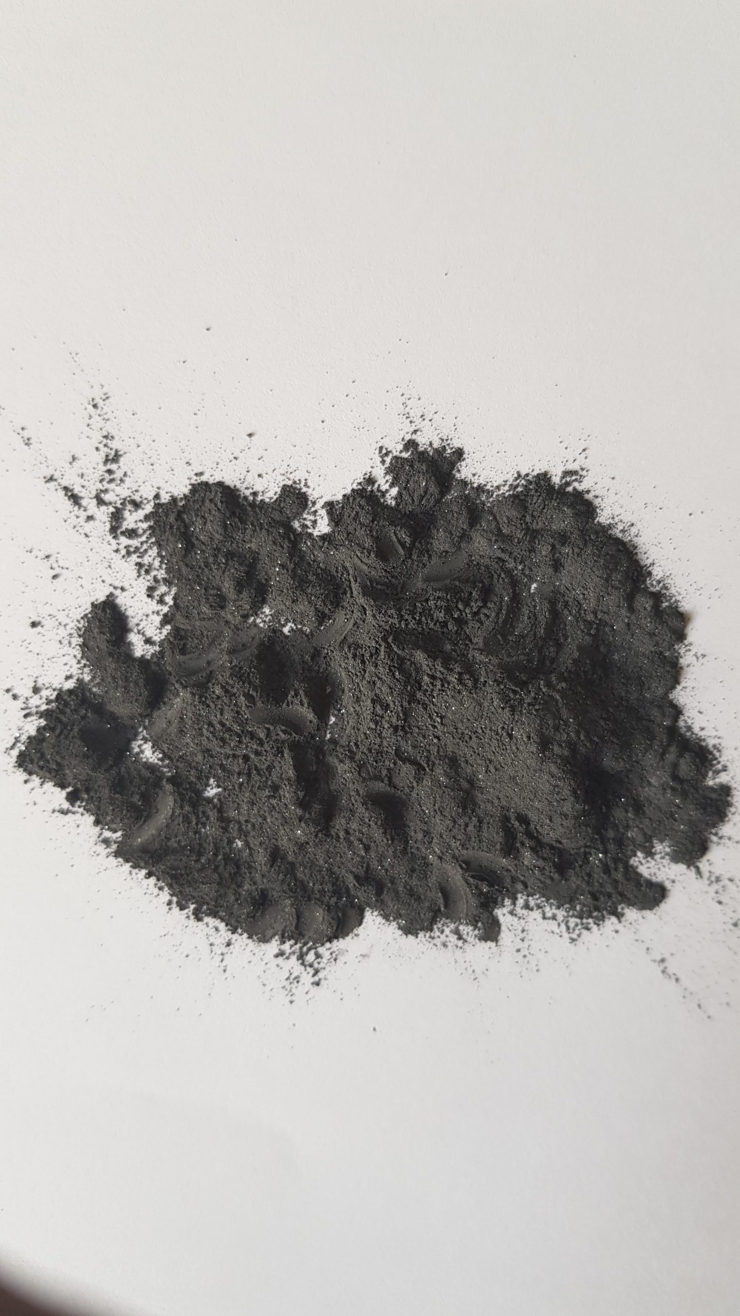 Pure black ithmid kohl